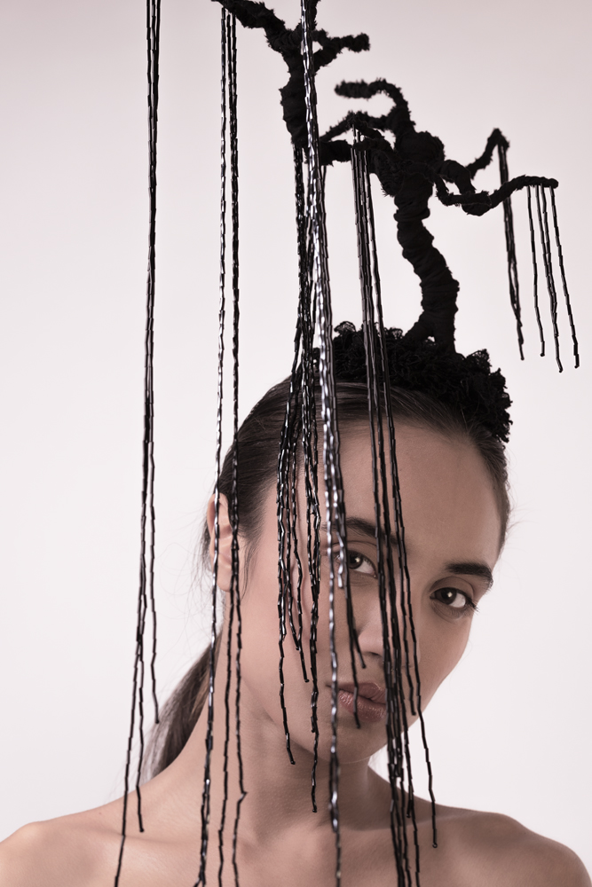 Black tree headpiece with black beads and black lace flowers by Haruco-vert - Fashion photo by Ruud van Ooij