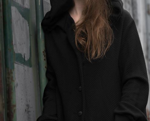 Oversized black hoodie by Haruco-vert - Fashion editorial Amsterdam Ruud van Ooij