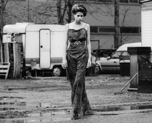 Black and white fashion editorial Haruco-vert - Photographer Ruud van Ooij Amsterdam