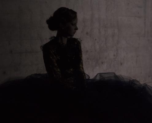 Tulle skirt shadow Haruco-vert - Fashion photography Amsterdam Ruud van Ooij