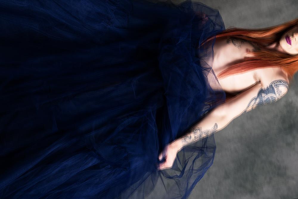 Grizolda gender bending wearing a big blue tulle skirt by Haruco-vert - Ruud van Ooij LGBTQ fashion photography
